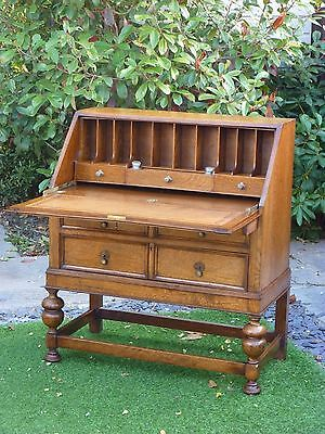 ANTIQUE SOLID OAK BUREAU 1920s