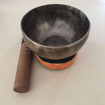 Singing bowl- Meditation/healing/spritual