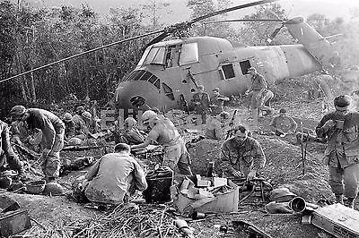 Vietnam War Photo US Soldiers rround downed helicopter 558