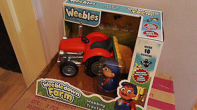 Weebles Weebledown Farm - Wobbily Tractor With A Farmer Figure - New