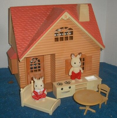 Calico Critters Cozy Cottage Beechwood Sylvanian Families Epoch