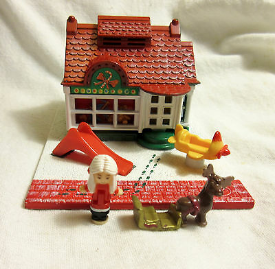 Vintage Bluebird Polly Pocket Holiday Toy Shop - Mrs Claus Doll, Reindeer