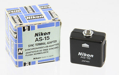Nikon AS-15 Synchronanschluss-Adapter