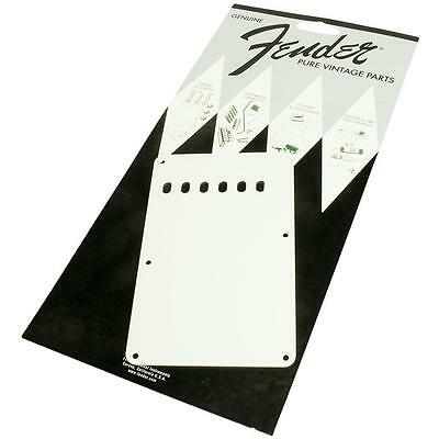 Fender Pure Vintage Stratocaster Backplate, 1-ply Eggshell 0094248049