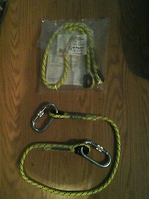 SALE  1m SAFETY LANYARD + 2 x screw lock Karabiners Harness work height power