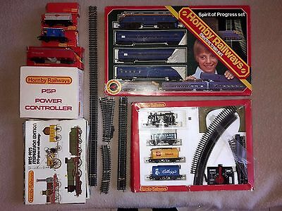 Bulk Lot Hornby 00 Guage mid-1970s 2 x Train Sets, Extra Carriages, Track etc.