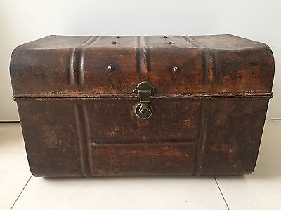 Antique Trunk Tin Vintage Storage Coffee Table Victorian Brass Lock Luggage Box