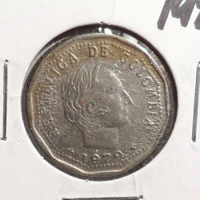 `circulated 1979 50 Centavos Colombian Coin (61816)