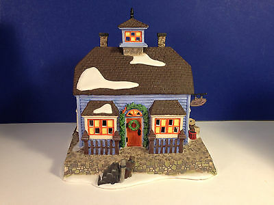 Dept 56 New England Village CHOWDER HOUSE No box Combine Shipping!