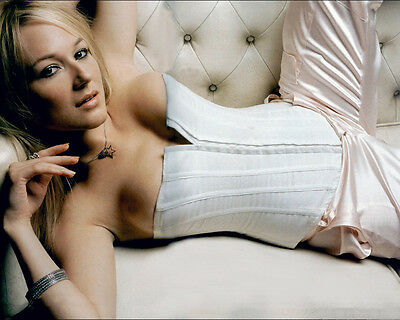 JEWEL KILCHER 8X10 photo HUGE BOOBS LEG UP ON COUCH