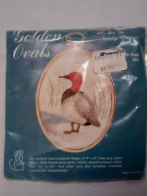 Kathy gold ovals embroidery