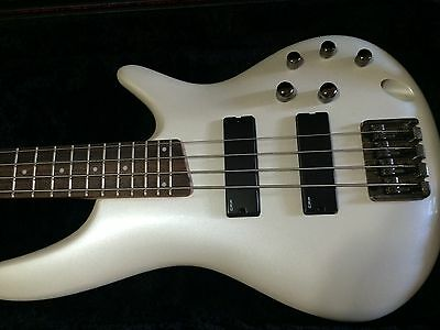 Ibanez Electric Bass Guitar + Amp & Accessories