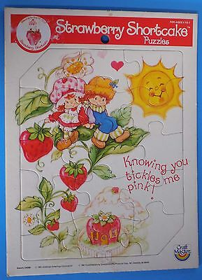 VINTAGE 80's 1981 STRAWBERRY SHORTCAKE & HUCKLEBERRY PIE FRAME TRAY BOARD PUZZLE
