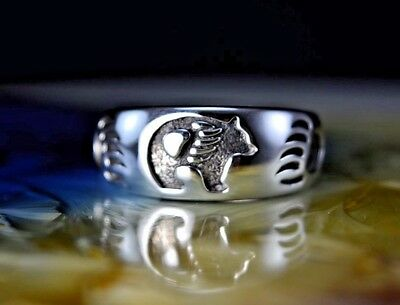 Sterling silver Navajo made ring w/ a shadowboxed Bear & two paws S 7: thru 10.5