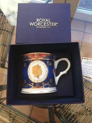 ROYAL WORCESTER QUEEN ELIZABETH II CORONATION 60th ANNIVERSARY TANKARD NEW BOXED