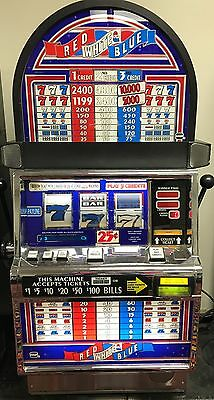 IGT S2000 COINLESS SLOT MACHINE Red White and Blue