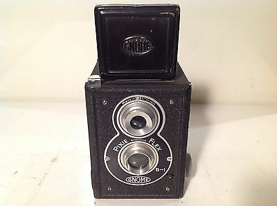 Vintage Gnome Pixie Flex Box Camera - lovely condition
