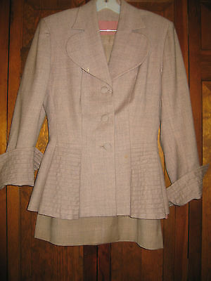 VINTAGE MAUVE 2 pc. WOOL SUIT – SKIRT & JACKET – Size Medium