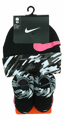 Nike Girls 2-Pack Infant Booties and Hat 0-6 Months
