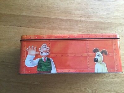 vintage Wallace and Gromit jacobs cracker tin