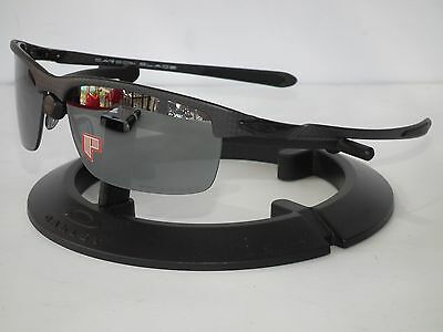 oakley cerakote holbrook rpqd  NEW OAKLEY POLARIZED CARBON BLADE OO9174-03 Matte Carbon/Black Iridium  Polarized