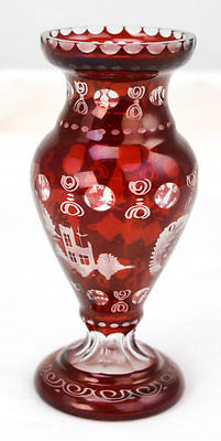 Vtg Bohemian Egerman Ruby Red Cut to Clear Etched Glass Bird / Castle Vase L1A