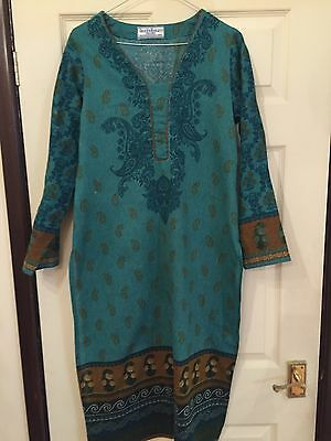 Gul Ahmed 3 Piece Suit