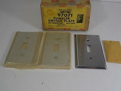 Vintage New Old Stock Lot Of 3 Arrow Hart Stainless Tumbler Switch Plate Satin