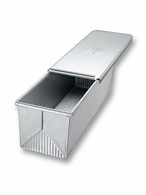 """USA Pan Bakeware Aluminized Steel 9"""" x 4"""" Pullman Loaf Pan with Cover"""