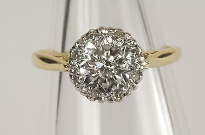 A VINTAGE SOLID 18ct GOLD DIAMOND CLUSTER ENGAGEMENT RING SIZE J/K (US 5)