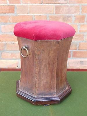 A GOOD SHAPED 19thC COUNTRY ANTIQUE OTTOMAN STOOL