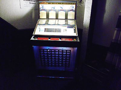 Jukebox Machine, 1960 Seeburg Q160 SR Jukebox