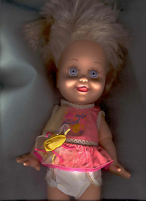BABY FACE DOLL BY GALOOB No. 8 SO DELIGHTFUL DEE DEE Tongue Sticking out Exc.