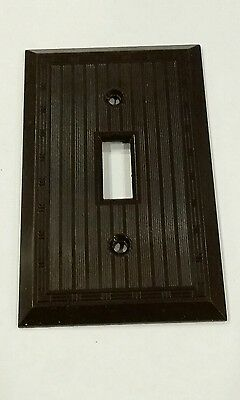 Vintage Art Deco Brown BAKELITE Single Toggle Wall Switch Plate Cover  NOS