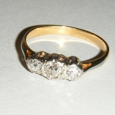 Antique 18ct Yellow Gold 3 Stone Diamond Trilogy Ring  -  2.2g - No Reserve
