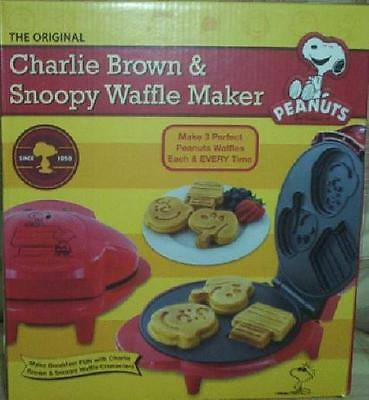 Peanuts The Original Charlie Brown & Snoopy Waffle Iron Maker Makes 3 New