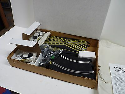 1/32 Generic Scx/scalextric Oval Layout 12 Feet Of Racing Track 2 Cars