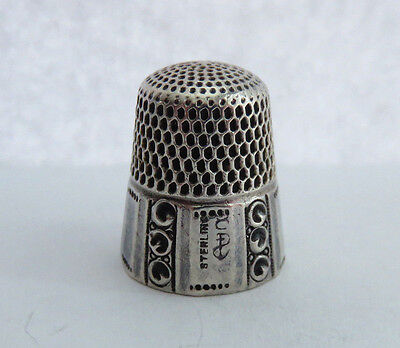 Antique Goldsmith Stern Sterling Silver Sz 8 Paneled Thimble