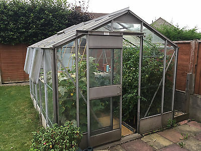 Robinsons Traditional Garden Greenhouse 10ft x 8ft (approx)