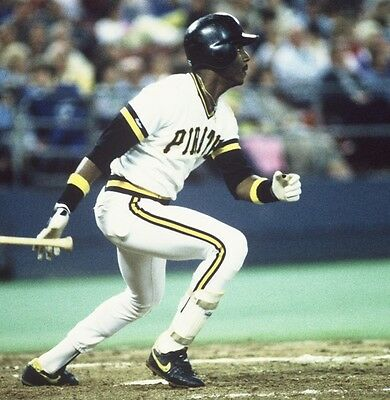 1992 BARRY BONDS Pittsburgh Pirates BASEBALL ACTION Glossy Photo 8x10 PICTURE
