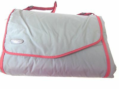 JJ Cole Outdoor Blanket, Gray/Red, 7 x 5 J00428