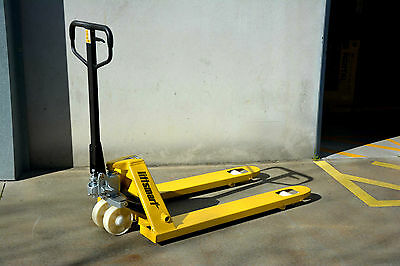 Liftsmart 685mm Hand Pallet Jack 2500kg w/ Poly Wheel - QLD