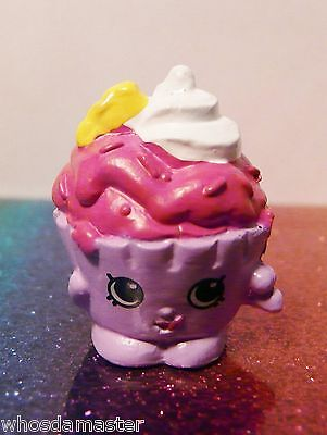 Shopkins Season 2 #58 ICE-CREAM DREAM Yellow Mint OOP Free US CS