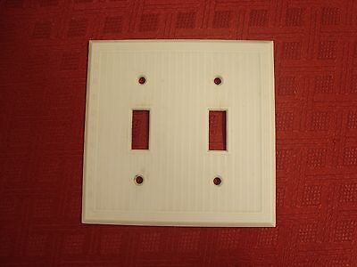 Vtg Hemco Bryant Ribbed Bakelite Double Toggle Outlet Switch Plate Cover Ivory