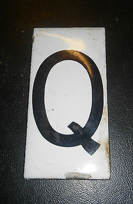 Antique Enamel on Copper Letter Q Sign 1920s 3.75 inch rare