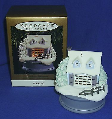 Hallmark Ornament White Christmas 1994 House Flickering Fireplace Light Sound