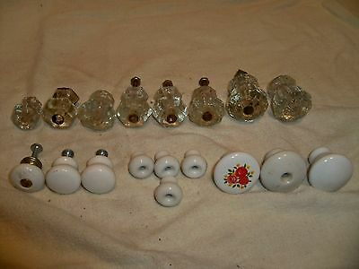 Lot of 18 Vintage Various Sizes Glass and Porcelain Door Knobs