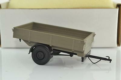 Hubner Vehicle Trailer 1:32 , 1 Scale