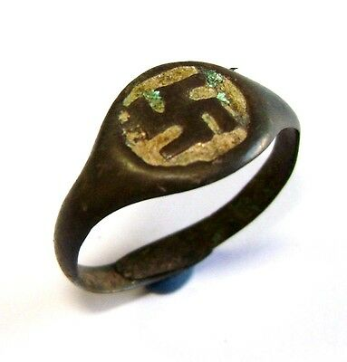 Ancient RARE Viking bronze cast ring with bright enamels. #002