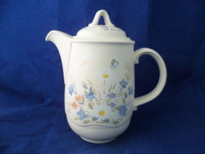 "POOLE "" SPRINGTIME "" 22cm COFFEE POT"